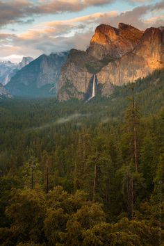 Icons of Yosemite - Bridal veil Falls by Shankarr Kalyanaraaman via Here you relax with these backyard landscaping ideas and landscape design. Oh The Places You'll Go, Places To Travel, Places To Visit, All Nature, Amazing Nature, Yosemite National Park, National Parks, Beautiful World, Beautiful Places