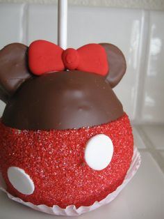 My Minnie Mouse Caramel Apple before...