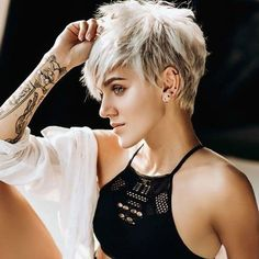 Latest Short Hairstyles, Short Pixie Haircuts, Pixie Hairstyles, Short Hair Cuts, Short Hair Styles, Punk Pixie Haircut, Haircut Short, Layered Hairstyles, Hairstyles 2018