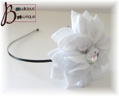 White felt flower headband! Gorgeous! Comes in many colors!