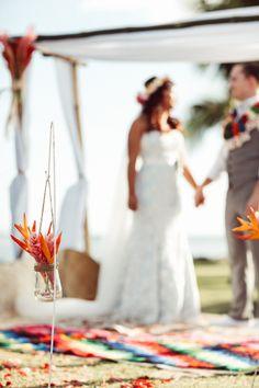 Fiji wedding - kama catch me photography - kiss - http://www.kamacatchme.com/alesi-and-andrew-first-landing-fiji-wedding/