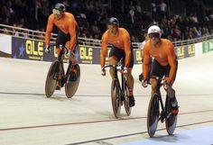 Do 19 okt 2017 EK baanwielrennen. Brons voor de mannen in de teamsprint. Jeffrey Hoogland, Harrie Lavreysen en Matthijs Büchli pakken derde plak voor Nederlandse baanselectie.