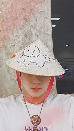 Park Chanyeol, Baekhyun, Exo Exo, Sehun Cute, We Bare Bears Wallpapers, Exo Lockscreen, Dark Moon, Bear Wallpaper, Exo Members