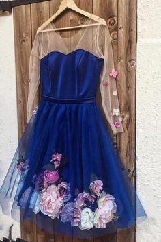 Long Sleeve Homecoming Dresses, Straps Prom Dresses, Unique Prom Dresses, Prom Dresses With Sleeves, Tulle Prom Dress, Short Bridesmaid Dresses, Dance Dresses, Elegant Ball Gowns, V Neck Cocktail Dress