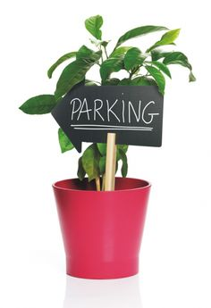 Silhouette stick – Tablite creta cu bagheta 08 Marker, Chalkboard, Planter Pots, Restaurant, Silhouette, Table, Markers, Diner Restaurant, Chalkboards