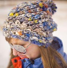 What a cool knitted hat using thick and thin yarn