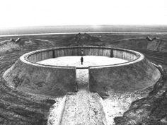 Robert Morris, Observatory, 1970, Oostelijk,Pay-bas #dominiqueperrault #architecture #urbanism #research #DPAx