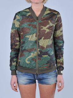 KARTA L'ORIGINALE Windbreaker camouflagehttp://www.dipierrobrandstore.it/product/2315/Windbreaker-camouflage.html