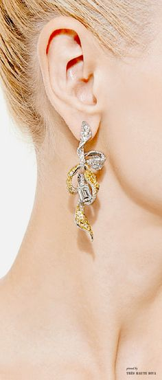 Cindy Chao White and Yellow Gold Diamond Ribbon Earrings $185,000