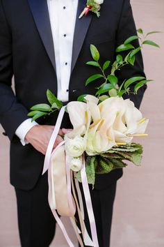 Bouquets are perhaps the most iconic aspect of a wedding day, and this past year weave seen some absolute show-stoppers. This list was nearly impossible to pare