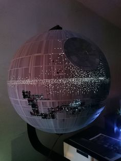 Star Wars Toys, Star Wars Art, Floating Globe, Star Wars Models, Imperial Army, Gundam Art, Star Wars Ships, Death Star, Plastic Models