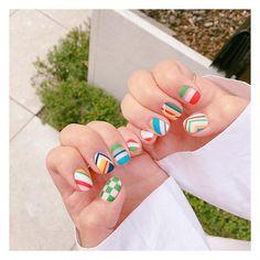 #20160714 오늘 #얼루어 인스타 계정에 #얼루어_주간네일 로 소개됫어요 . #colorislife #그림네일 #컬러풀네일#무광네일 #nails#notd #gelnails#colorfulnails#colorful#mattnails#stripesnails#stripes