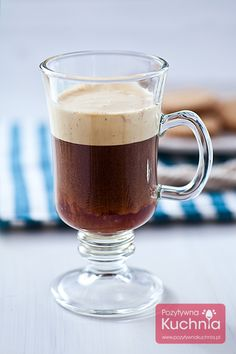 #Kawa po kapitańsku z #rum.em lub #brandy i koglem-moglem.  http://pozytywnakuchnia.pl/kawa-po-kapitansku/  #przepis #kuchnia