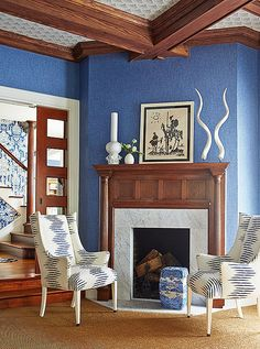 The homeowner loves blue, so that was the first color Mele decided to focus on when developing his decorating approach.