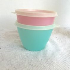 Vintage Tupperware Plastic Lidded Containers in Pink and Blue / Vintage Kitchen…
