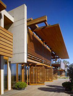 ビーチハウスデザイン