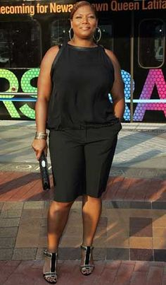 """Queen Latifah: Plus-Size Style Icon: Queen Latifah at """"Hairspray"""" Premiere in Newark, New Jersey Xl Mode, Mode Plus, Curvy Girl Fashion, Look Fashion, Fashion Outfits, Plus Size Fashion For Women, Plus Size Women, Plus Fashion, Plus Size Dresses"""