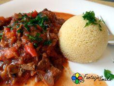 Kuskus z duszoną wołowiną z pieczarkami i papryką w pomidorach http://fantazjesmaku.weebly.com/kuskus-z-duszon261-wo322owin261-z-pieczarkami-i-papryk261-w-pomidorach.html