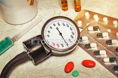 Высокое кровяное давление - гипертонический криз и лекарства для тре — Стоковое…