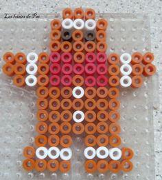 Christmas gingerbread man hama perler beads by Les Loisirs de Pat