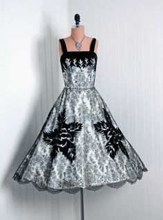 1950's Vintage Black & White Velvet-Flocked Floral Chantilly-Lace Couture Low-Plunge Sleeveless Nipped-Waist Full Circle-Skirt Party Dress