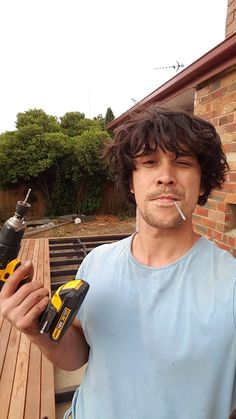 bob morley as gale hawthorne Thomas Mcdonell, The 100 Cast, The 100 Show, Bob Morley, Bellarke, Chace Crawford, Jet Li, Jackie Chan, The 100 Serie