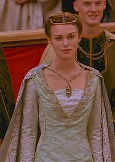"theotherhistorygirl:  Keira Knightley as Gwyn in ""Princess of Thieves"" - 2001"