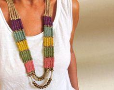 Collana di perline lungo tessuto, arazzo di fibra tessitura pezzo del collo, gioielli tribali etnici istruzione, sposa boho gitano, regali unici per le donne
