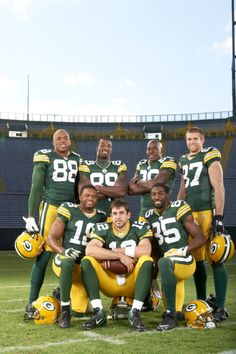 alright we got, Aaron rodger, Jordyn Nelson, Randall Cobb, Donold Driver, Jermichael Finley, and James Jones, and Greg Jennings.... can you say perfect?