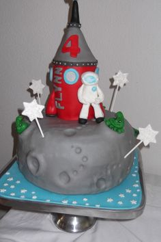 Moon & Rocket cake