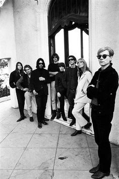 Steve Shapiro, Andy Warhol and the Velvet Underground, Los Angeles, California, 1966. Courtesy of the A. Gallery, Paris and the Centre Pompidou-Metz.