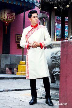 Hoài Giang shop là địa chỉ chuyên may bán & cho thuê áo dài nam cách tân với nhiều chất liệu, mẫu mã & họa tiết khác nhau để bạn thỏa thích thể hiện cá tính