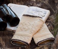 Knitty: Larus & Ardea - Winter 2008 the edge Knitting Patterns Free, Free Knitting, Crochet Patterns, Free Pattern, Fingerless Mitts, Knitting Magazine, Mittens Pattern, My Socks, Knitted Gloves