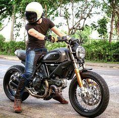 • moto_bankerScrambler throwback series 🏍 I want one again!