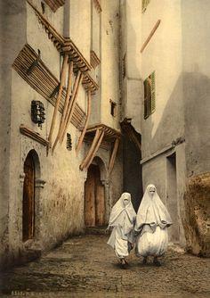 North Africa |P. Z. Algérie, Alger, la rue de la Mer Rouge Vintage print. ca. 1880