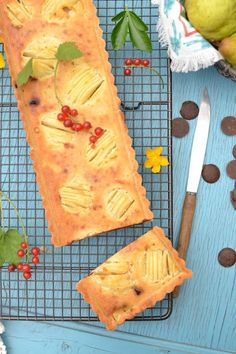 Tarte Amandine Poire ~ Chocolat {vegan} recette ici ➔ http://lesrecettesdejuliette.fr/2016/08/tarte-amandine-poire-chocolat-vegan.html
