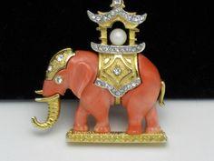 Vintage Signed HATTIE CARNEGIE Brooch Howdah Elephant Thermoplastic Rhinestone
