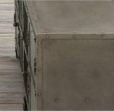 Restoration Hardware(レストレーションハードウェア)チェスト/Industrial Tool Chest 4 Door Media Aged Gunmetal