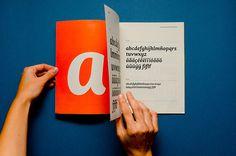 «Cafecito» es el proyecto tipográfico desarrollado por Yanina Arabena and Guillermo Vizzari en el marco de la Carrera de Especialización en Diseño de Tipografías de la Universidad de Buenos Aires, Argentina. CDT / FADU - UBA / 2011-2012._«Cafecito» is…