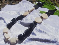Free shipping Natural off white/ cream and black wood beads tribal jungle collection on black leather necklace $36.95