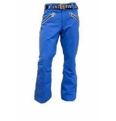 *SALE* Freedom of movement to the Max! The Ice2 T Pants by Bogner is extremely waterproof, breathable and highly elastic so you can enjoy your skiing days! All seams and zippers are taped. Fold the inside waistband in soft shell. The soft fleece lining warms the loin. The buckle of the belt can be handled easily. Everything you need. Bogner The collection combines pure functionality and top quality material with sophisticated fashion. Dynamic Sportswear with a touch of class. Ski Fashion, Mens Fashion, Sophisticated Fashion, Ski Pants, Softshell, Belt Buckle, Zippers, Kayaking, Parachute Pants