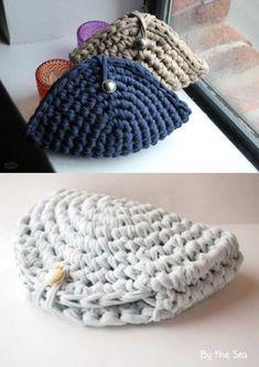 Creative Crochet - 30 Ideas for Crochet Purses - Verônica Wogeley - - Crochê criativo – 30 Ideias de porta-moedas de crochê DIY – 30 ideas of crochet purse - Crochet Wallet, Crochet Coin Purse, Crochet Tote, Crochet Handbags, Crochet Purses, Hand Crochet, Free Crochet, Knit Crochet, Crochet Designs