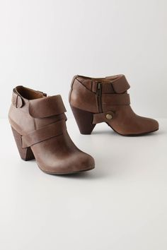 thinking about some booties I am always in sandals but then winter comes around and I am at a loss for what to wear :-)