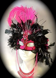 Le Pink Femme Masquerade Mask Carnival Masks by Marcellefinery