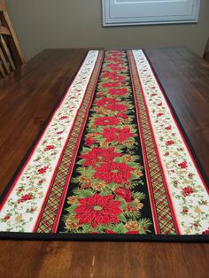 Christmas Quilted Table Runner with Beautiful Poinsettias by QuiltsConCorazon on Etsy