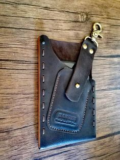 Iphone 6 Plus Case, Iphone 7 Cases, Leather Cell Phone Cases, Htc One M9, Leather Projects, Leather Keychain, Leather Working, Card Wallet, Leather Craft
