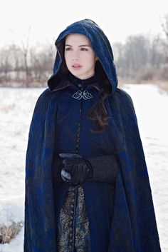 everythingasoiaf:  Cloak for Lady Catelyn Tully
