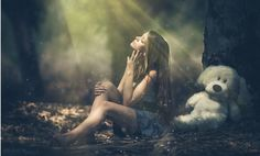 Photo Twilight sunlight by Arina Kortchov on Girl Photography, Amazing Photography, Photography Portraits, Bear Photos, Closed Eyes, Photo Wallpaper, More Photos, Background Images, Sunlight