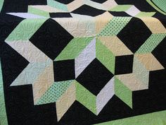 Lots of pretty quilts - Millies Quilting