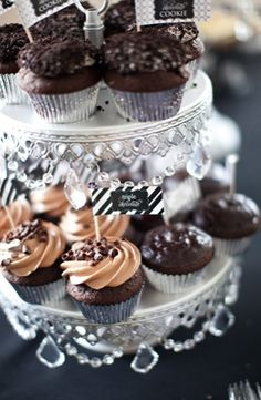 black, chocolate, cupcakes, modern , white, monogram, brown, cake, food, wedding, St. Louis, Missouri